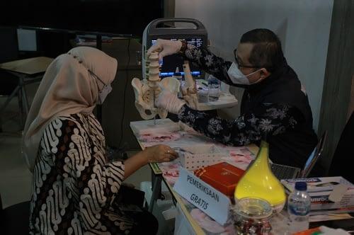 Dirut RSUD Ciawi dr. M. Tsani Musyafa,SpOT, Mkes pada acara Pameran Inovasi di Kantor Bappedalitbang Kabupaten Bogor, Cibinong, Jumat (4/6/2021).