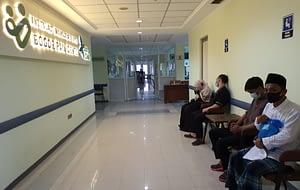 Suasana di ruang tunggu pasien Bogor Pain Center
